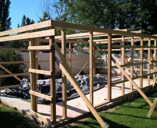 Pole Barn Framing walls with purlins
